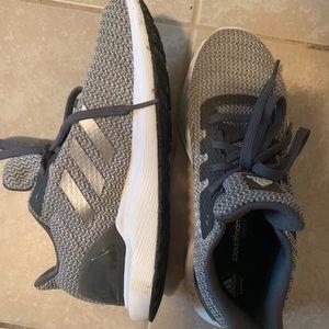 Adidas Running shoes 👟